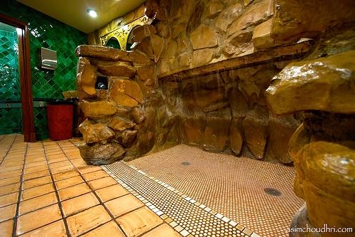 Madonna Inn Men S Room Waterfall